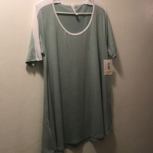 NWT Mint Green and White Perfect Tee